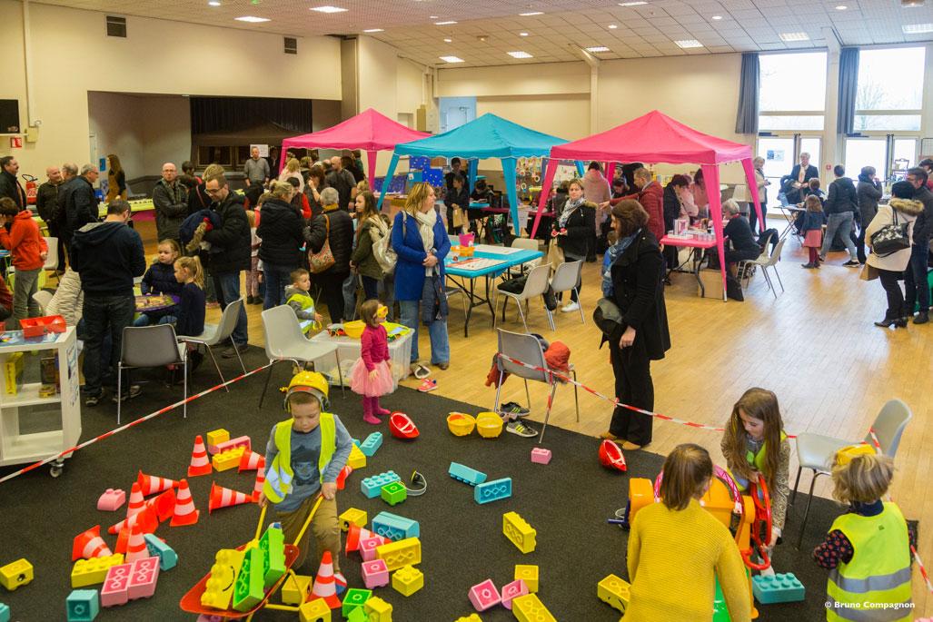 Salon-de-la-Jeunesse-2018---ACR-Rugkles-Association-culturelle-rugloise